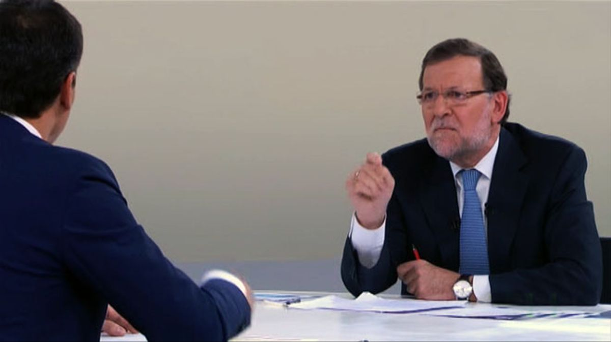 Sánchez acorrala a Rajoy con la corrupción: 'No es una persona decente'.