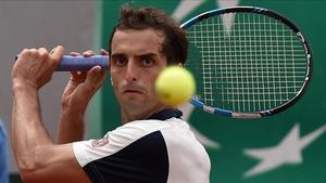 Albert Ramos, durante su partido de primera ronda de Roland Garros contra el rumano Marius Copil.