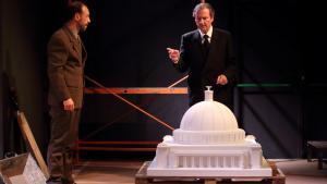 Xavier Ripoll y Pep Munne (derecha) protagonizan este drama histórico con algo de intriga.
