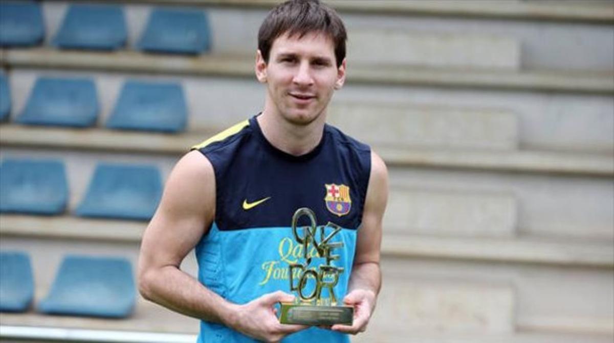 Messi, con el trofeo del Onze d'Or.
