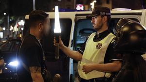 Un macrocontrol enxampa en una nit 24 conductors ebris al centre de Barcelona