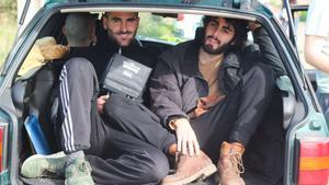 Los directores, Pau Cruanyes (izquierda) y Gerard Vidal, durante el rodaje.