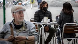 ¿Adeu a les mascaretes? Cinc experts reflexionen sobre el futur d'aquesta mesura a Espanya