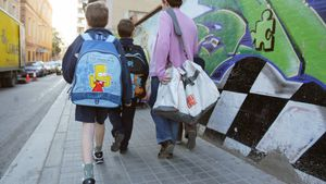 Niños camino de la escuela, en una imagen de archivo.