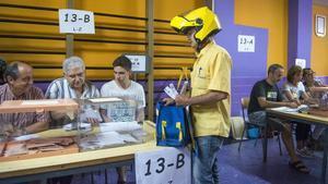 21-D: estudiants entre urnes