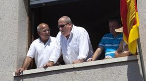 Josep Maria Puigibet (en el centro), durante una diada castellera en La Bisbal del Penedès, en el 2011.