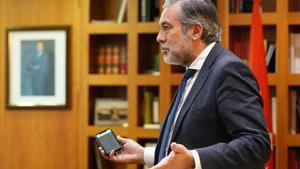 Madrid anomena el Govern «arrogant» per no reformar la llei que substituiria a l'estat d'alarma /