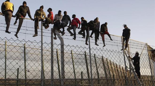 Més murs que mai a les fronteres del món