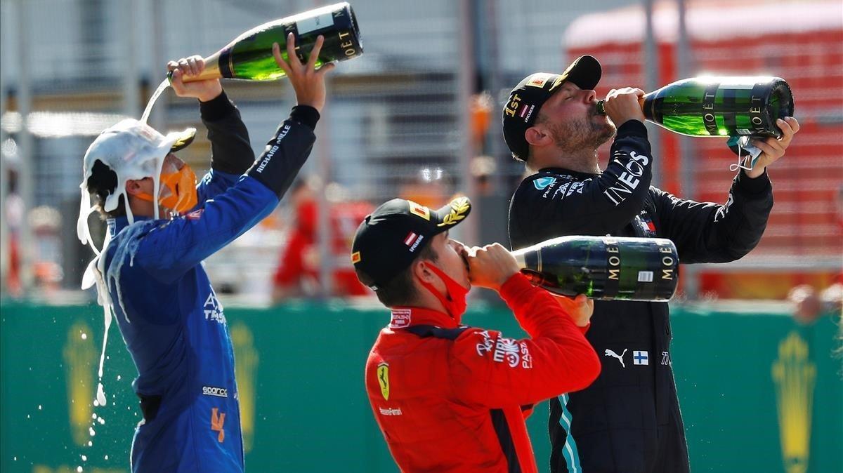 Bottas, Leclerc y Norris celebran el primer podio de la temporada