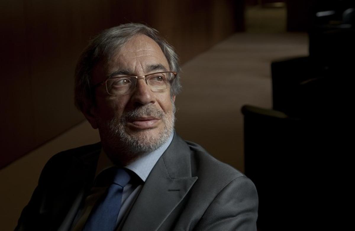 El diputado socialista Xavier Sabaté asegura que sobra artículos como los de Antonio Balmón.