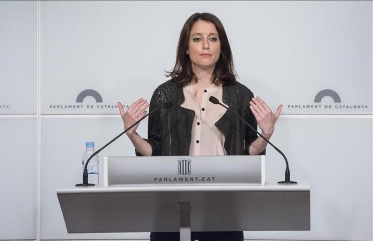Andrea Levy durante una rueda de prensa en el Parlament.