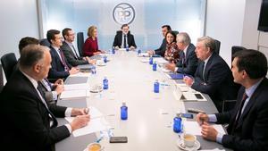 Rajoy preside una reunión del comité de dirección del PP.
