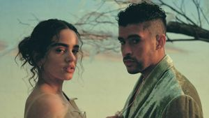 Així és el videoclip de 'La noche de anoche', l'últim èxit de Rosalía i Bad Bunny