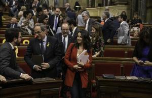Inés Arrimadas y Miquel Iceta en el hemiciclo del Parlament, en junio del 2018.