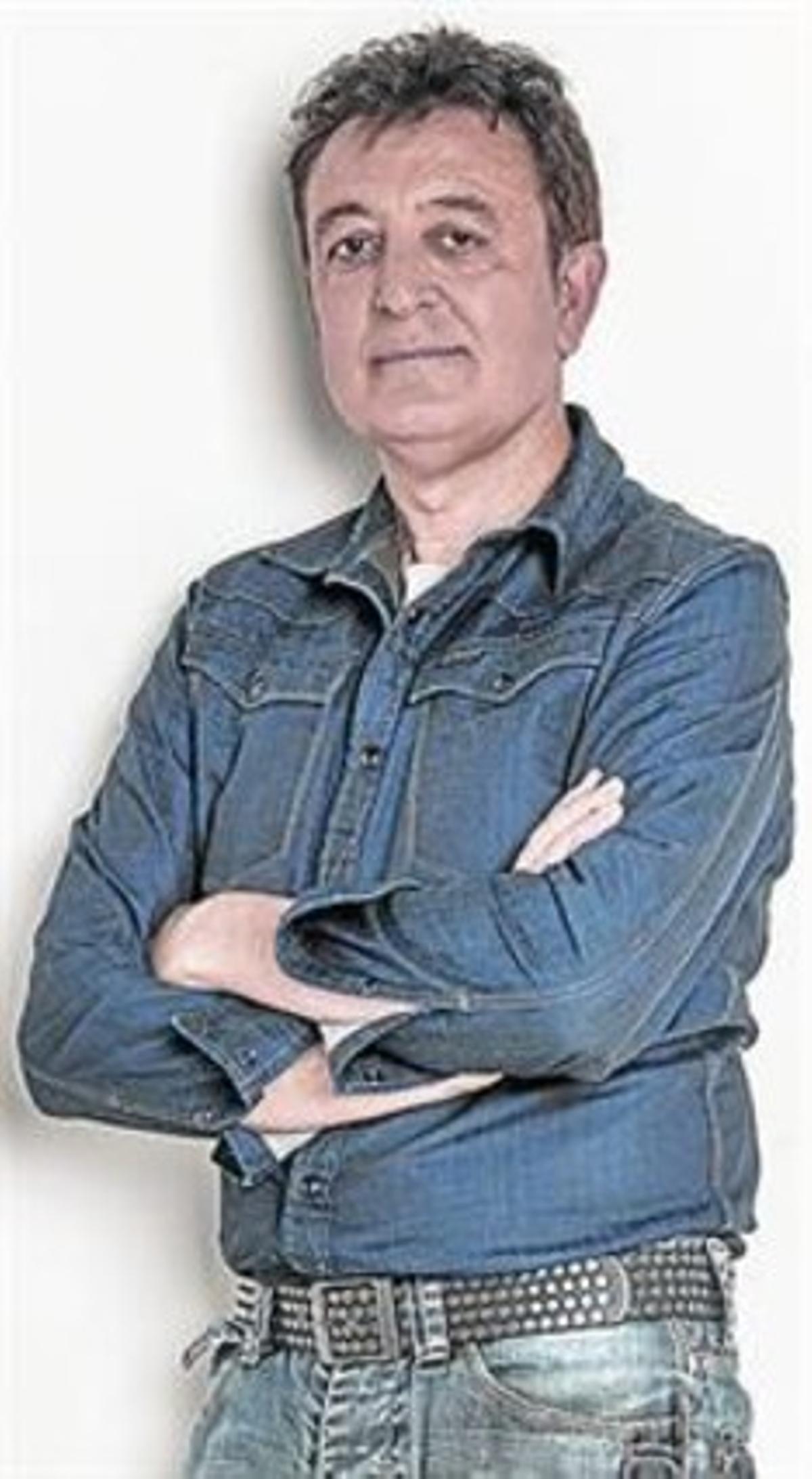 Manolo García vende en un mes 80.000 copias de su disco