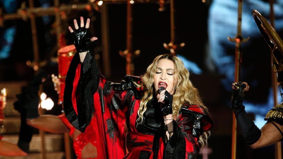Madonna està sana i se'n va de festa