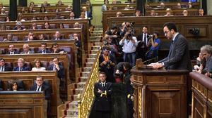 Antonio Hernando: El PSOE asume su responsabilidad absteniéndose.