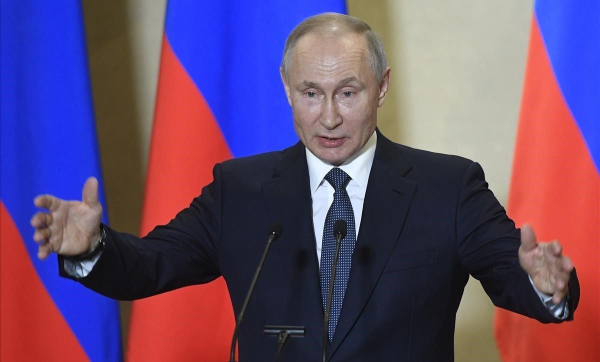 En medio de fuertes denuncias de fraude el partido de Putin mantiene el liderazgo de la Duma con el recuento del 60 % de los votos