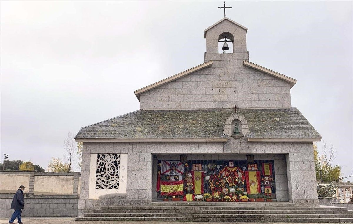 Reportaje mausoleo del cementerio de Mingorrubiodonde están enterrados los restos del dictador Francisco Franco después desu trasladohace un año desde el Valle de los Caidos.