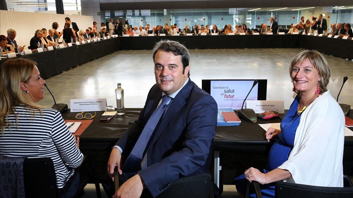 La 'consellera' de SalutAlbaVergés presideel IFòrum de Diàleg Professional, este miércoles.
