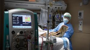 Coronavirus: Les ucis es continuen buidant a Catalunya amb 34 ingressats menys aquest dissabte