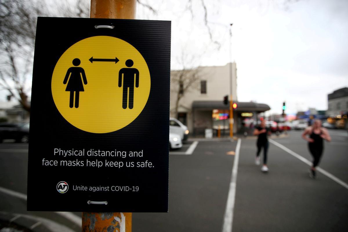 Nova Zelanda torna a confinar Auckland una setmana per un positiu de Covid-19