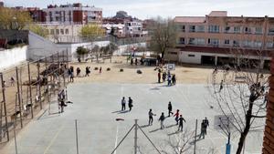 Mataró reforçarà la seguretat en portes i accessos de les escoles per evitar nous robatoris