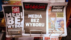 Las portadas de protesta de los medios polacos