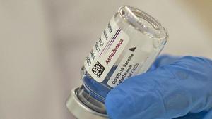 L'assaig clínic espanyol conclou que combinar les dosis d'AstraZeneca i Pfizer és «eficaç i segur»