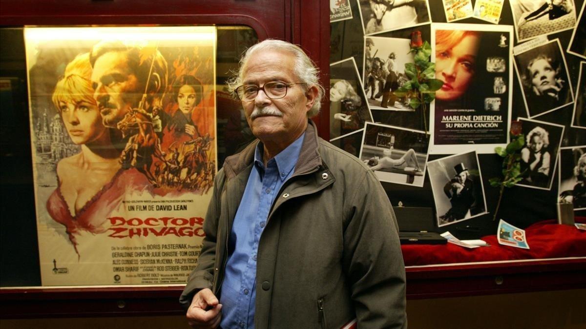 Mac, en el cine Verdi, en el 2003, que albergó una exposición de sus carteles.