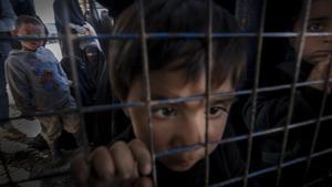 Refugiados sirios de Deir Zoor en el campo de Al Hawl, en Siria, en marzo del 2020.