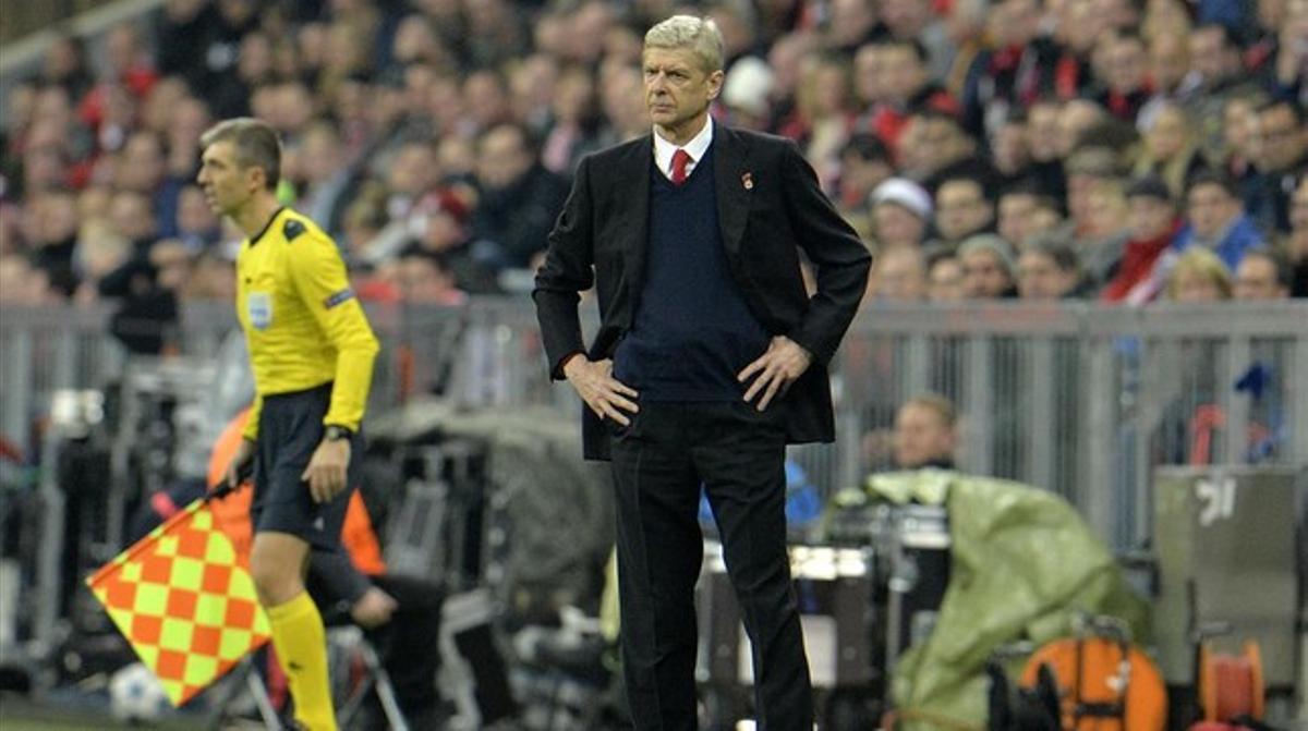 El técnico del Arsenal Arsène Wenger, durante un encuentro de la Champions League.