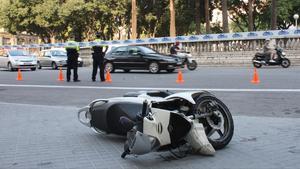 Accidente de moto en el paseo de Sant Joan.