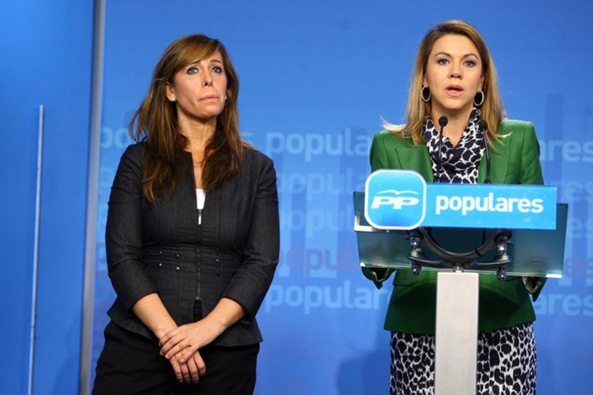 Alicia Sánchez-Camacho y Dolores de Cospedal, este lunes, en Madrid.