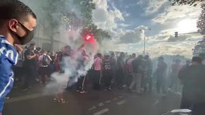 Hinchas del PSG vivieron en las calles de París la fiesta de la final de la Chanmpions League, que su equipo perdió 1 a 0 con el Bayern de Múnich.