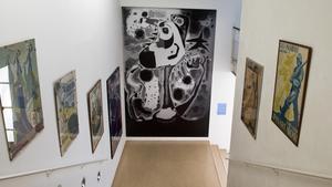 La reproducción de 'El segador' de Joan Miró, en el Pavelló de la República.
