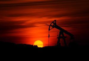 Arabia Saudí producirá menos petróleo y Rusia y Kazajistán, más