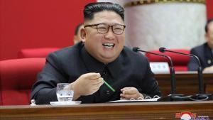 Kim Joing-un, durante su alocución en el Comité Central del Partido de los Trabajadores.