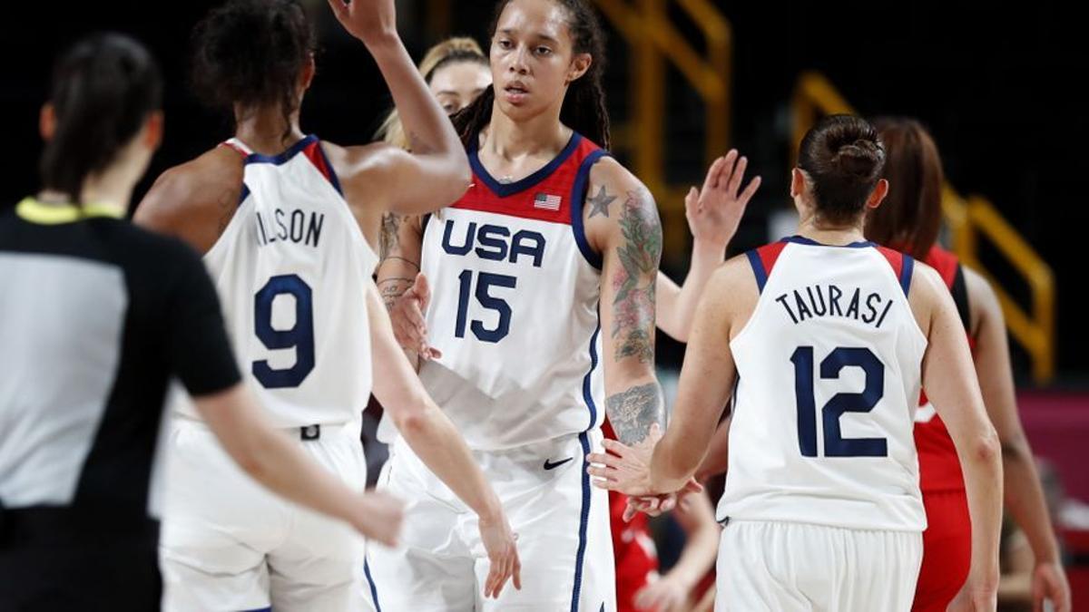 90-75 L'equip femení dels Estats Units, reines de l'or