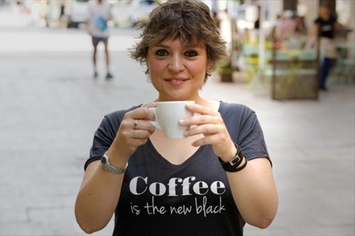 """Isabel Ramos: """"Un café virtual puede convertirse en ayuda real"""""""