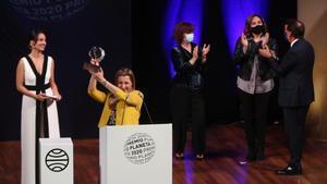 Eva García Saénz de Urturi guanya el Planeta amb una novel·la medieval