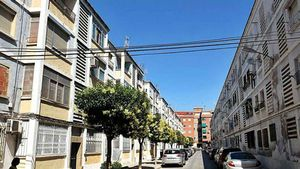 Una nena de 12 anys apunyala l'home que estava escanyant la seva mare a Elda (Alacant)