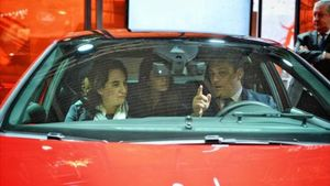 Ada Colau y el presidente de Seat, Luca de Meo, ayer.