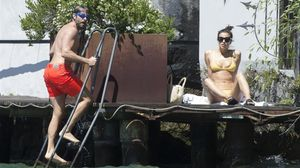 Irina Shayk y Bradley Cooper se han ido de vacaciones a Tahití.