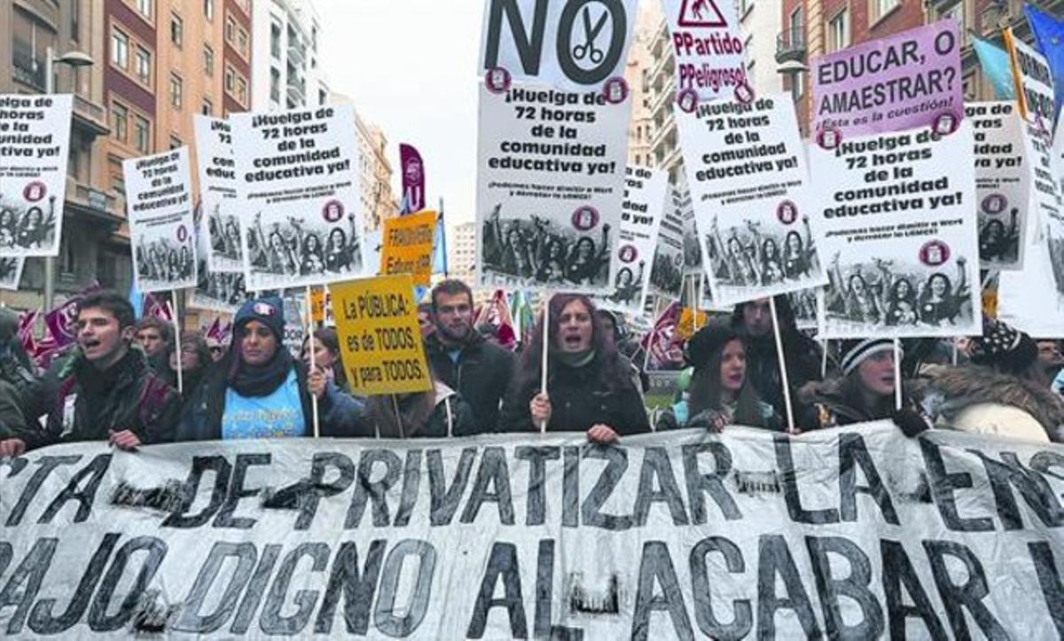 Manifestación en Madrid de la Plataforma Estatal por la Escuela Pública contra la LOMCE, en octubre pasado.
