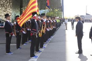 Carles Puigdemont durante la celebración del Día de les Esquadres en el exterior del Auditori Fòrum.