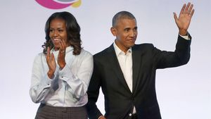 El expresidente Barack Obamay la exprimera dama Michelle Obama, en un acto de laObama Foundation Summit, en Chicago.