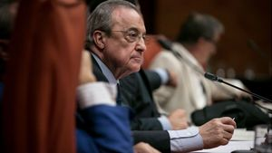 Pique entre Maria Sirvent (CUP) y Florentino Pérez en la comisión de investigación del caso Castor.