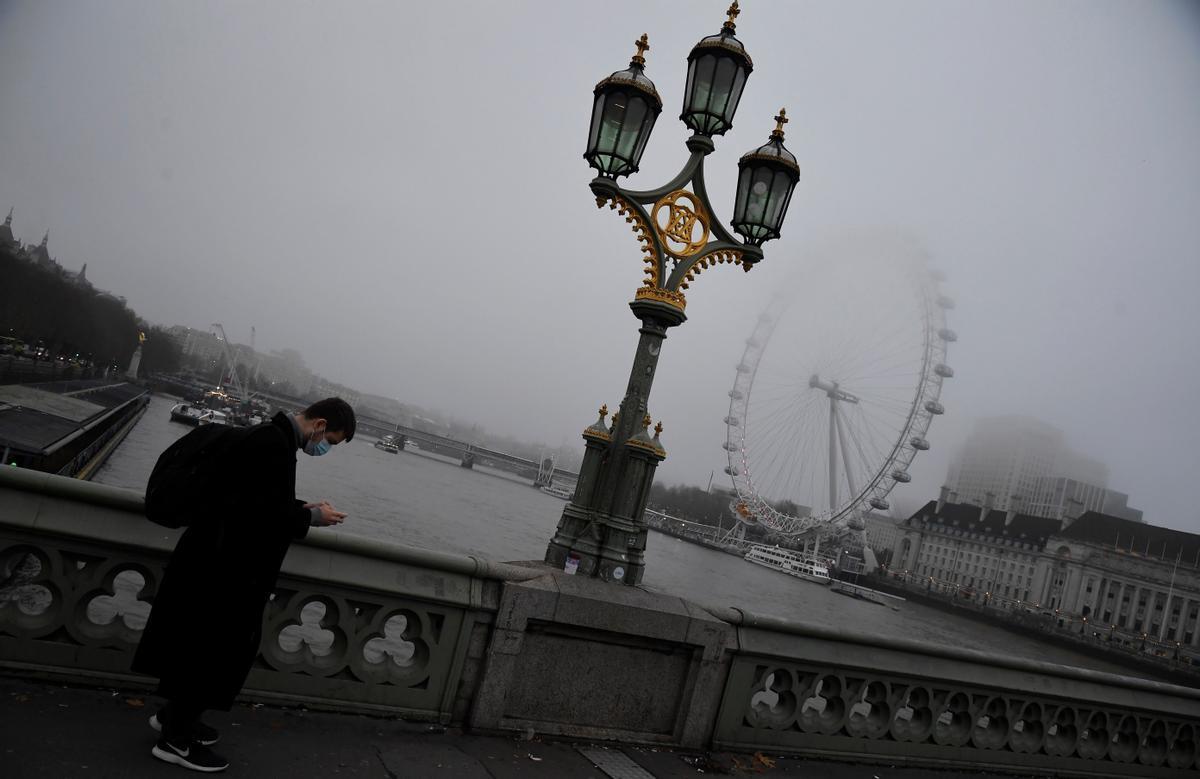 Imagen de Londres un día niebla, en 2020.