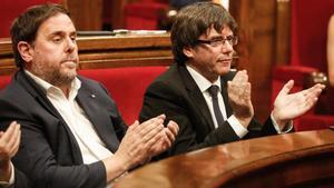El Tribunal de Cuentas cita a Puigdemont y Junqueras por el 1-O.